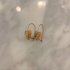 🚫SOLD🚫 Gold Plated Heart Hoop Earrings